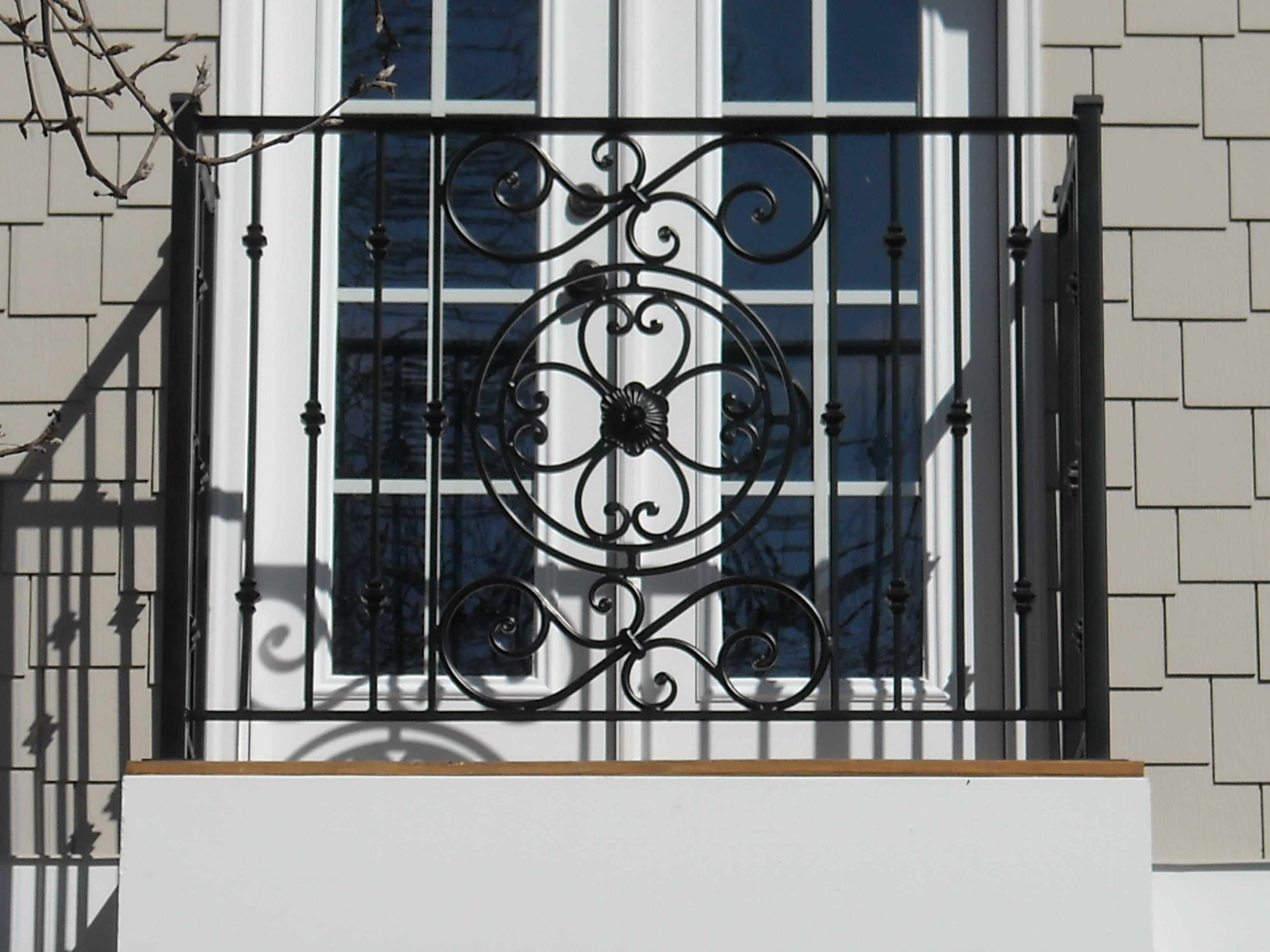 Railing balcony image