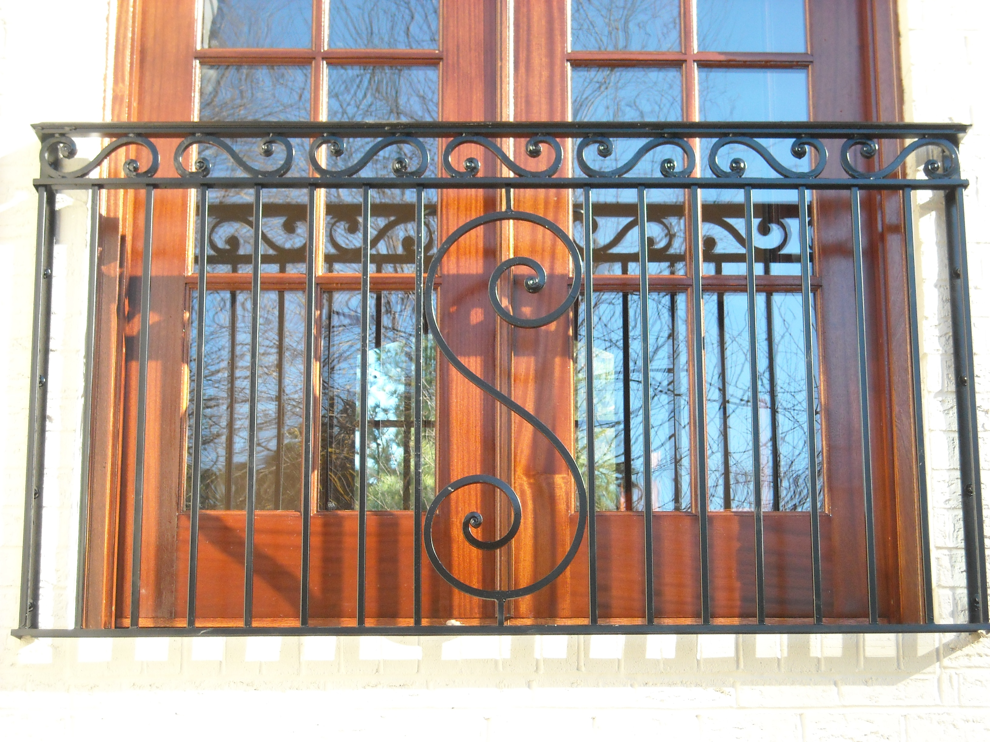 Railing on a balcony image
